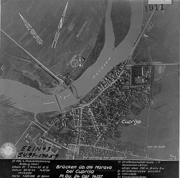 30.10.1944. Ћуприја - Лазићева вила је ван ове фотографије