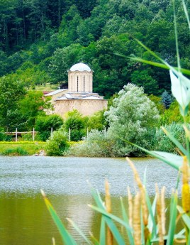 Сисојевац - манастир у Сисевцу