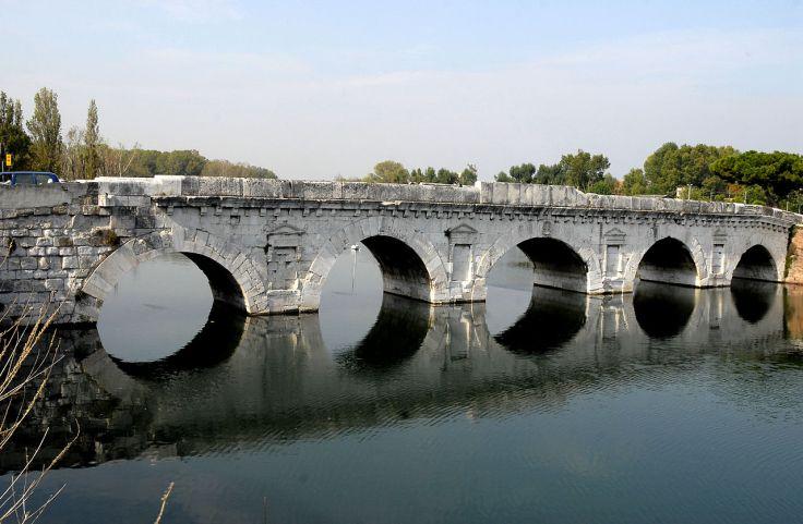 1280px-Tiberius-Brücke