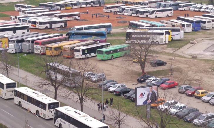 autobusi parkirani